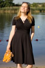 Koperta Dress with Short Sleeves Black