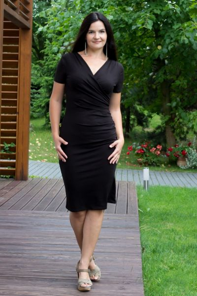 Urkye Kopertowy Olowek Short Sleeved Pencil Dress Black short sleeved pencil dress with wrap top 34-46 O/OO, OO/OOO SU-025-CZA